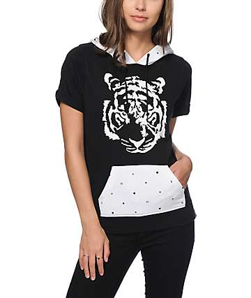 Ninth Hall Becky Tiger Dot Short Sleeve Hoodie