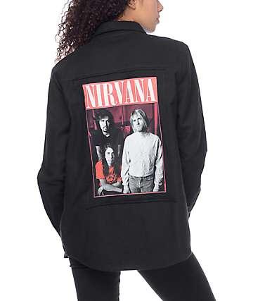 Nirvana camisa negra tejida