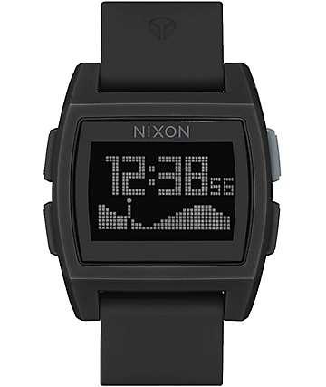 Nixon Base Tide reloj digital en negro