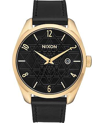 Nixon Bullet Leather Sacred Geo reloj en negro y color oro