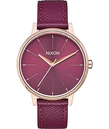 Nixon Kensington Leather reloj color oro rosa y vino