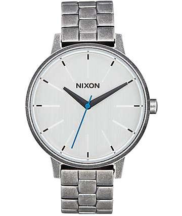 Nixon Kensington reloj antiguo en color plata