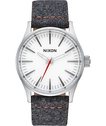 Nixon Sentry 38 Leather Gray & Tan Analog Watch