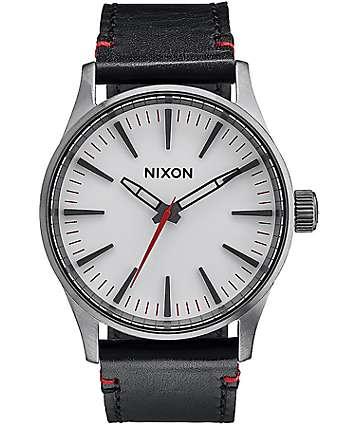 Nixon Sentry 38 Leather Gunmetal & White Analog Watch