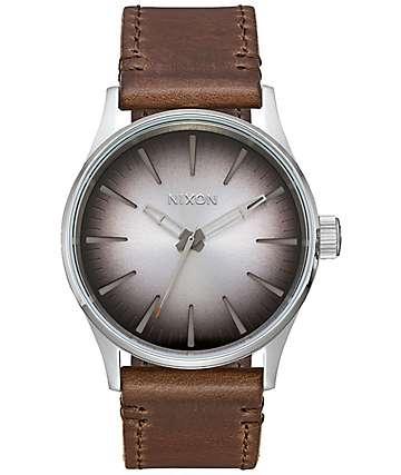 Nixon Sentry 38 Leather Ombre reloj analógico en gris pardo