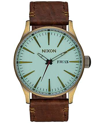 Nixon Sentry Leather & Green Crystal Analog Watch