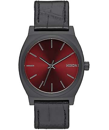 Nixon Time Teller reloj caimán negro y color vino