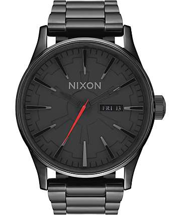 Nixon x Star Wars Sentry SS Vader Analog Watch