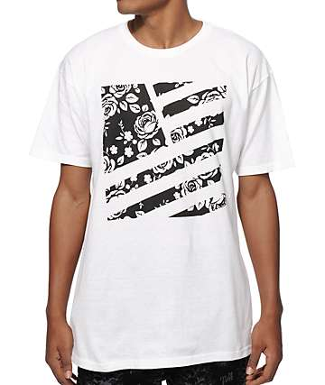 Popular Demand Rosa Square Flag T-Shirt