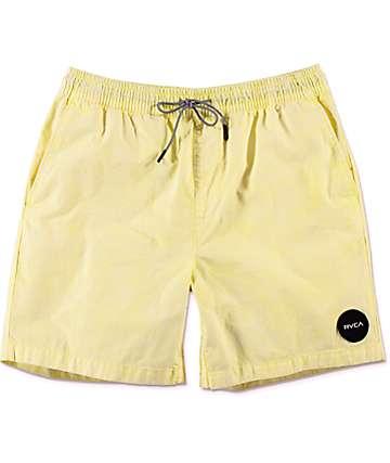 RVCA Fade shorts híbridos en color amarillo