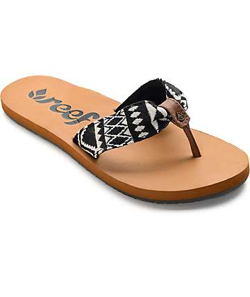 Reef Scrunch TX Black and White Sandals