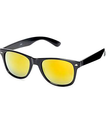 Shiny Black Classic Sunglasses