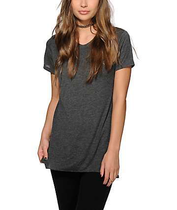 Sirens & Dolls Basic Slit Charcoal T-Shirt