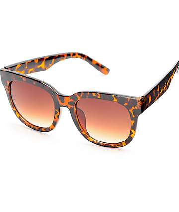 Splendor Oversized Square Classic Sunglasses