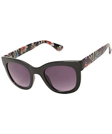 Stand Alone Large Black Cat Eye Sunglasses