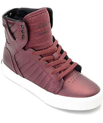Supra Skytop zapatos metálicos en color borgoño para niños