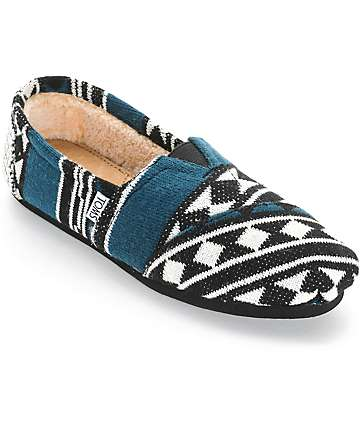 Toms Classics Black & White Knit Shearling Womens Shoes