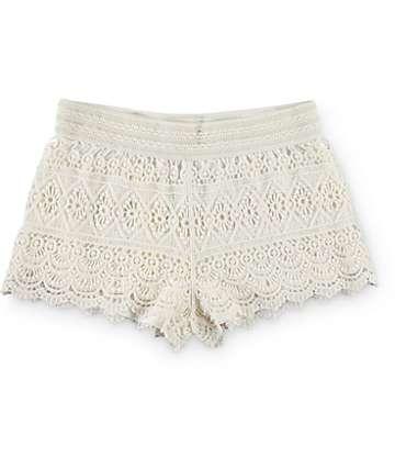 Trillium Jessica Cream Crochet Shorts
