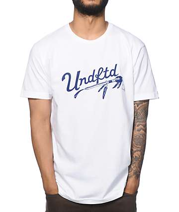 Undefeated Native camiseta