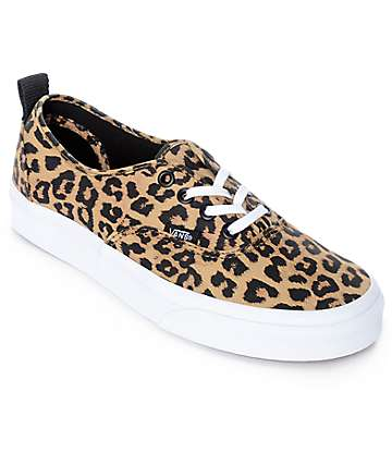 Vans Authentic zapatos de skate en blanco y patrón leopardo