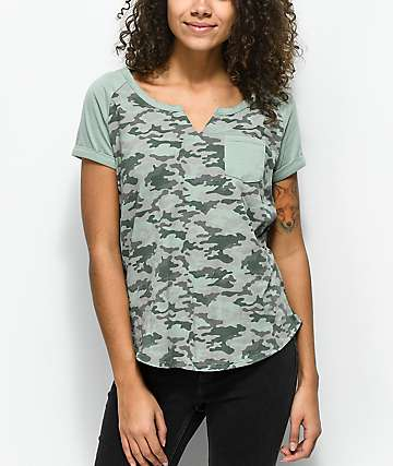 Zine Carillyn Camo Raglan T-Shirt