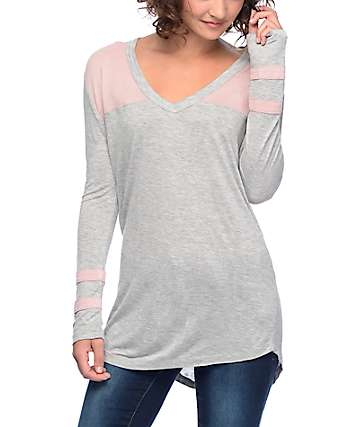 Zine Tila Heather Grey & Mauve Athletic V-Neck Long Sleeve T-Shirt
