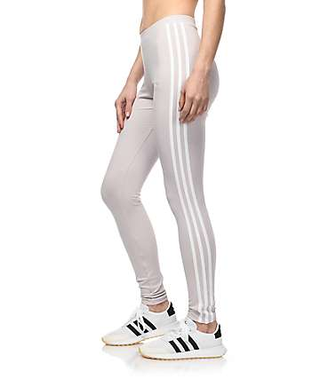 adidas 3 Stripe leggings en color lavanda
