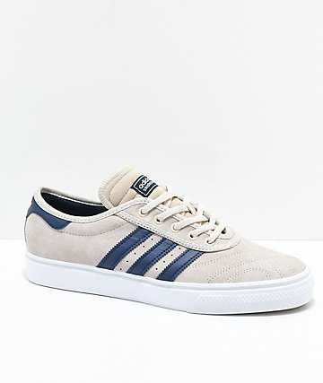 adidas AdiEase Premiere Clear Brown & Collegiate Navy zapatos en color crema y azul marino
