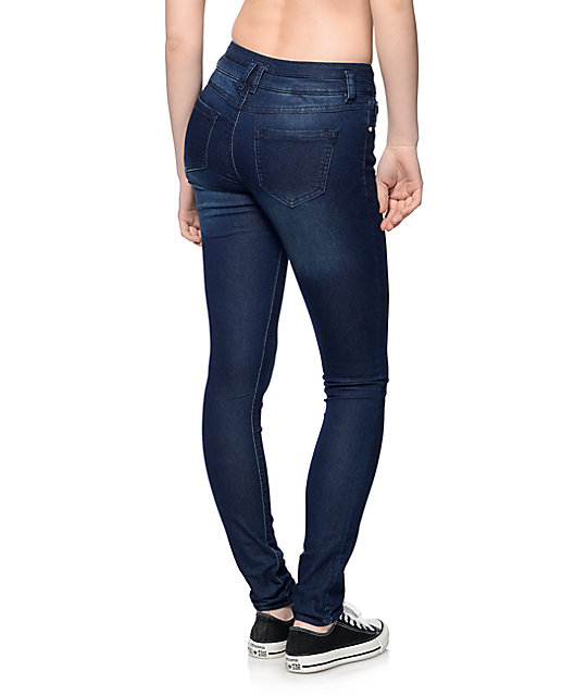 Almost Famous Dede 3 Button Booty Boost Jeans