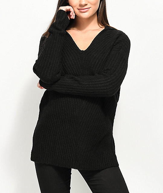 Almost Famous Kyia V-Neck Hooded Black Sweater