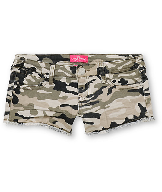 Almost Famous Sherie Camo Cut Off Shorts