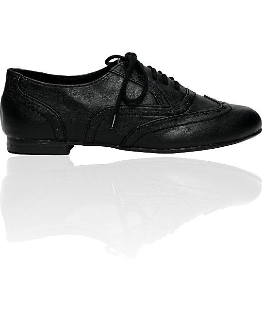 Antic Topaz Black Shoes