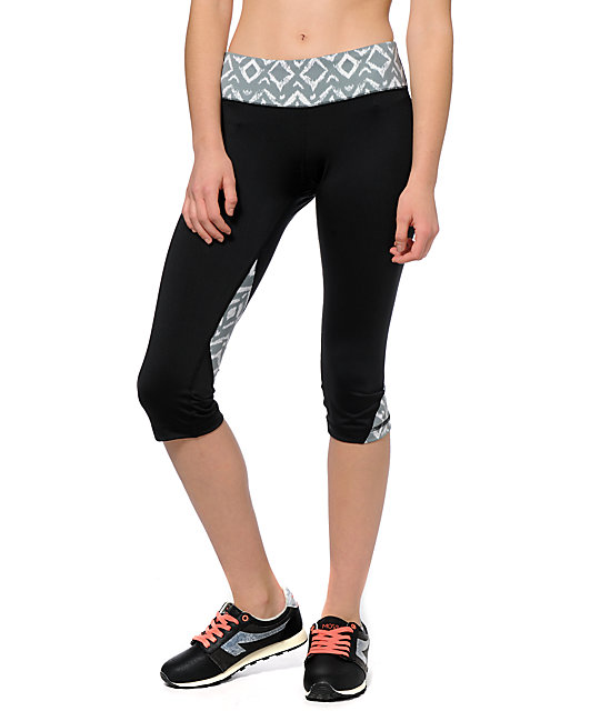 Aperture Elton Black & Tribal Capri Pants
