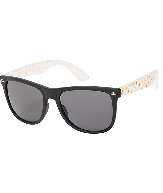 Classic Daisy Love Sunglasses