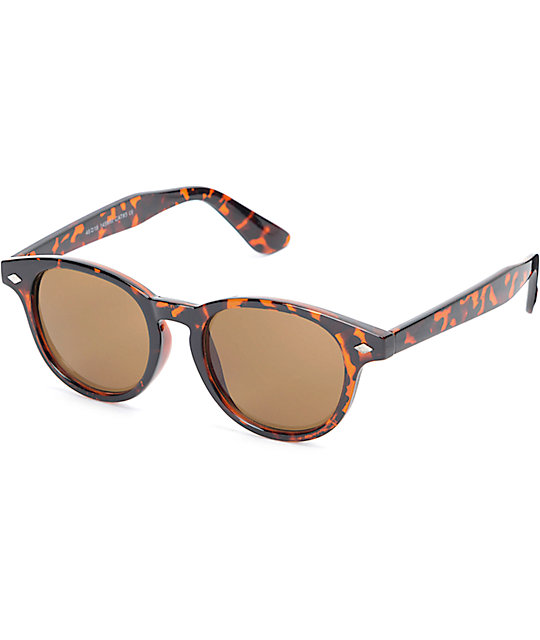 Classic Rounded Tort Sunglasses