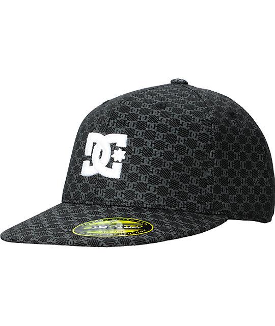 DC Manny Black 210 Flexfit Hat