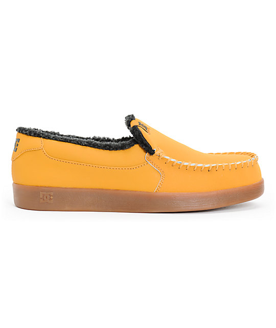 DC Villain LE Wheat & Black Slippers