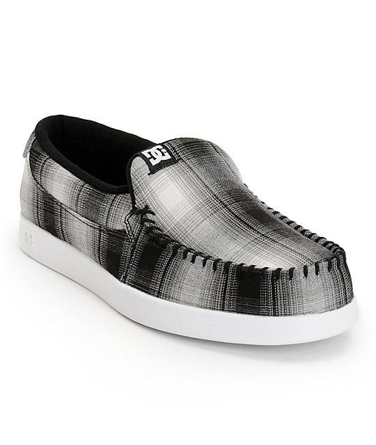 DC Villain TX Black & White Plaid Slippers