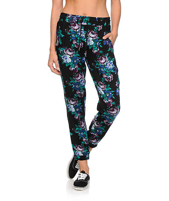 Pink Jersey Joggers. £ Navy Floral Wide Leg Trousers. £ PrettyLittleThing Leopard Print Wide Leg Trousers. £ Cream Floral Linen Blend Tapered Trousers. £ Red Dot Skinny Trousers. £ Blue Floral Print Wide Leg Trousers. £ PrettyLittleThing Multi Stripe Trousers. £ PrettyLittleThing Leopard Print Casual Trouser. £