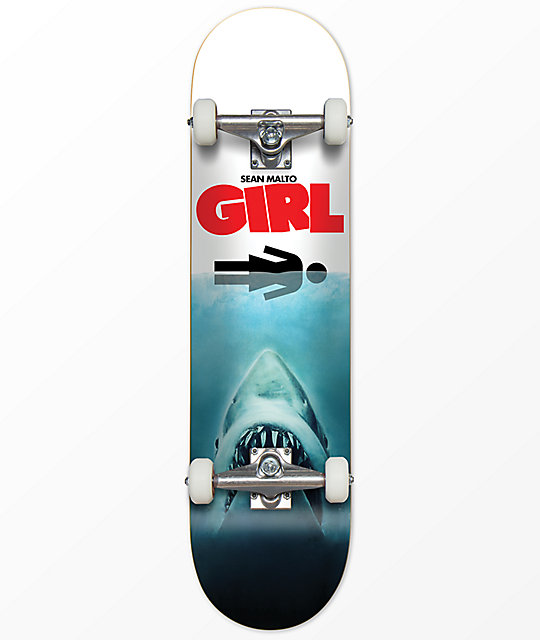 Girl Malto Shark Attack 7.6