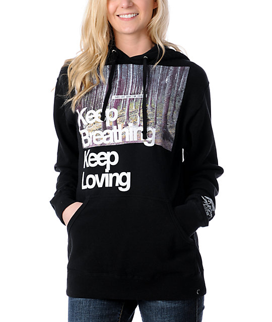 Glamour Kills Keep Breathing  Pullover Hoodie