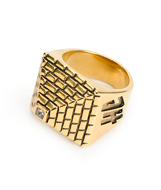 Han Cholo Pyramid Ring