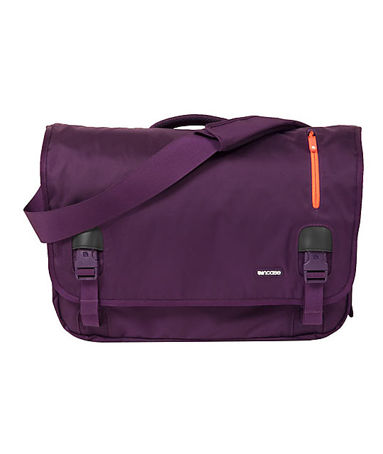 Incase  Nylon Dark Purple Messenger Bag