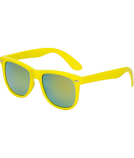 Jack Martin Frisky Business Yellow Sunglass