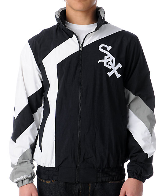 MLB Mitchell and Ness Vintage Chicago White Sox Windbreaker