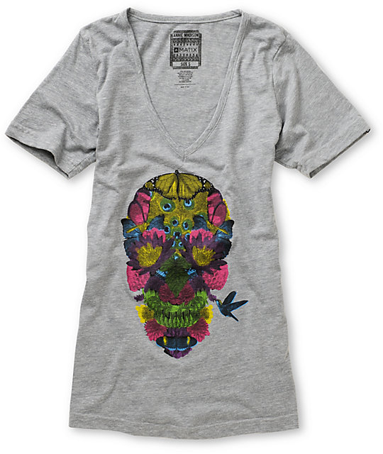 Matix Garden Skulls Cut Throat V-Neck Grey T-Shirt