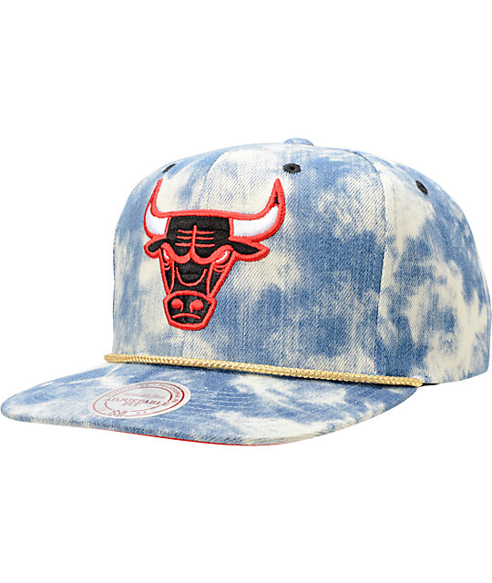 NBA Mitchell and Ness Bulls Acid Wash Blue Snapback Hat