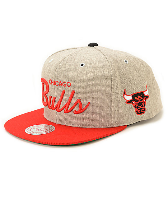 NBA Mitchell and Ness Bulls Script Road Snapback Hat