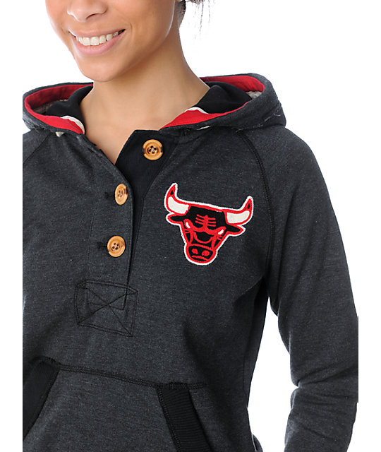 NBA Mitchell and Ness Chicago Bull Victory Pullover Hoodie