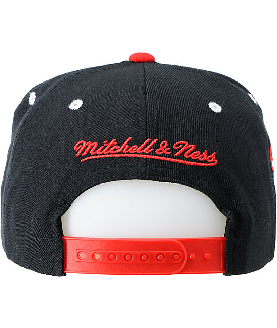 NBA Mitchell and Ness Chicago Bulls 2Tone Script Snapback Hat